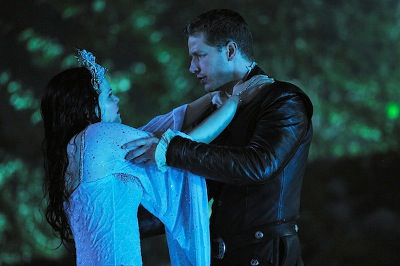 snow white - prince charming - water - fight