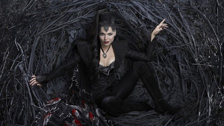 Lana Parilla - Evil Queen