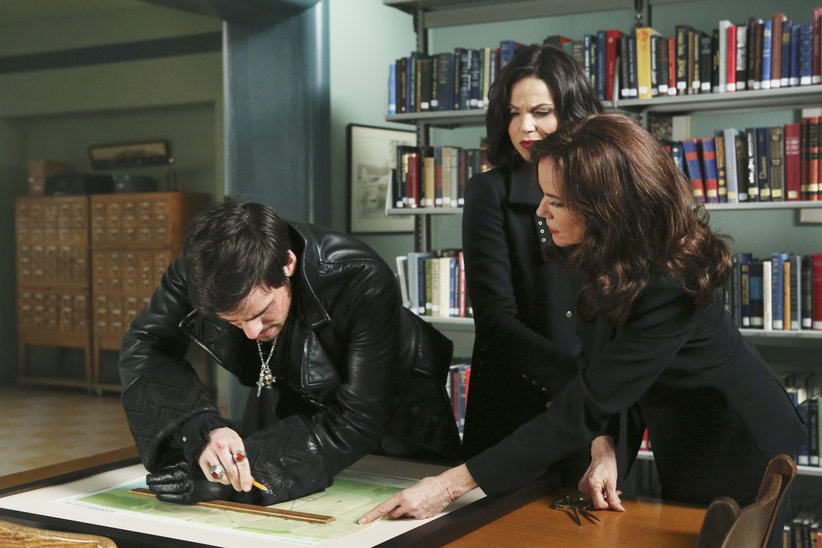 Captain Hook, Regina (The Evil Queen) and Cora are looking for something hidden in Storybrooke.