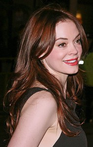 Rose McGowan - young cora