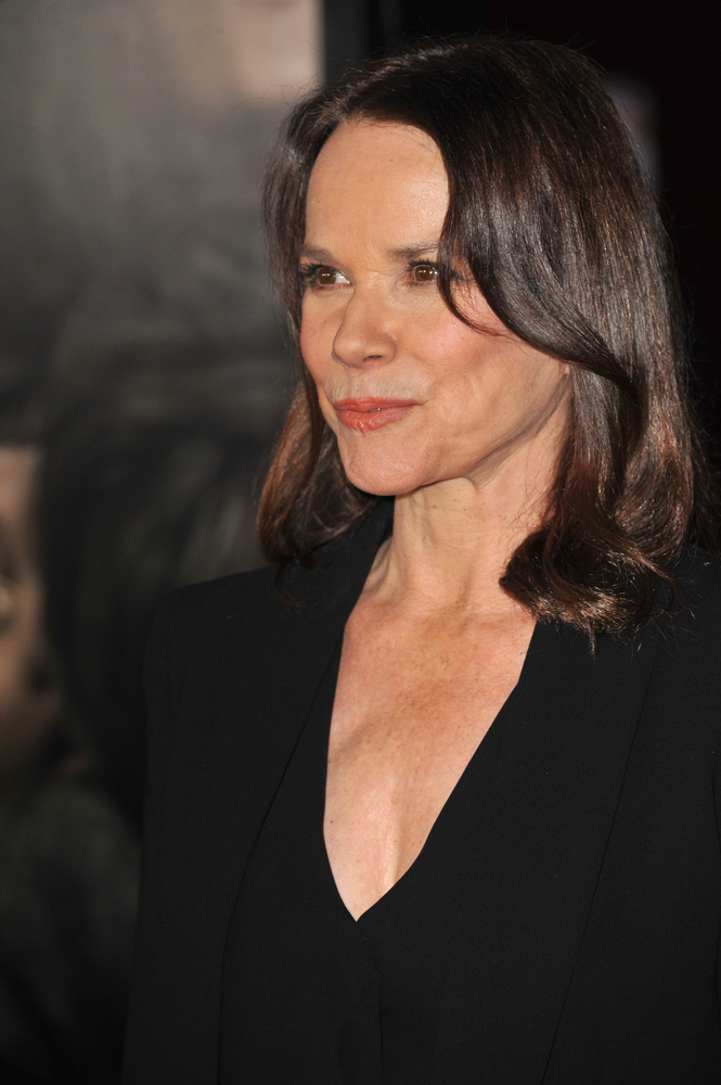 Barbara Hershey - Cora - Mother